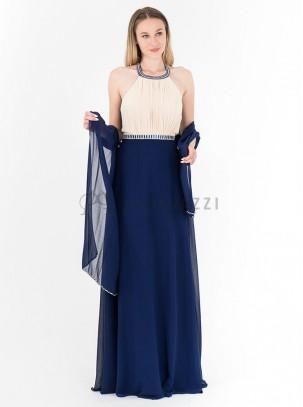 Vestido de gasa atado al cuello con detalle de pedrería