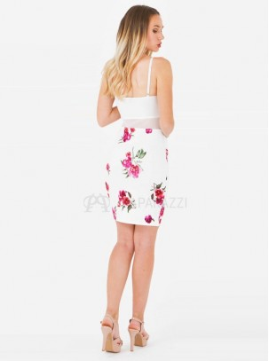 Vestido con transparencias y estampado floral