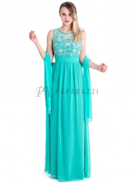 Vestido de gasa con transaparencia y pedreria en el pecho
