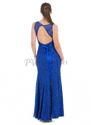Vestido de encaje en corte sirena con espalda descubierta