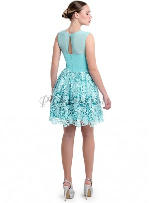 Vestido de vuelo de encaje
