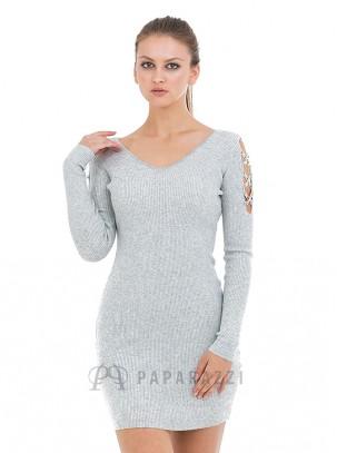 Vestido de punto con escote en V y lazada de piedras en hombros