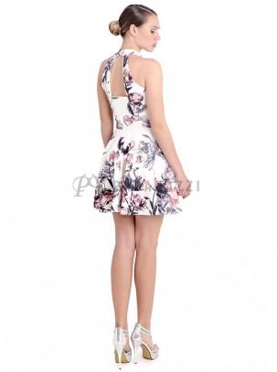 Vestido de vuelo y estampado floral