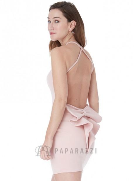 3aca8a14de Vestido corto ajustado de espalda descubierta con detalle en forma de lazo