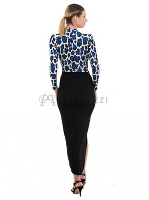Vestido estampado, asimétrico y drapeado de mangas largas, con escote pronunciado en V