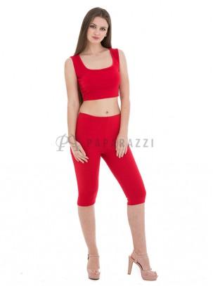 Conjunto ajustado de top corto de tirante ancho y pantalón 3/4