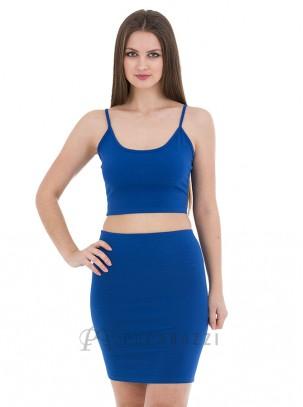 Conjunto ajustado de top corto de tirante fino y mini falda