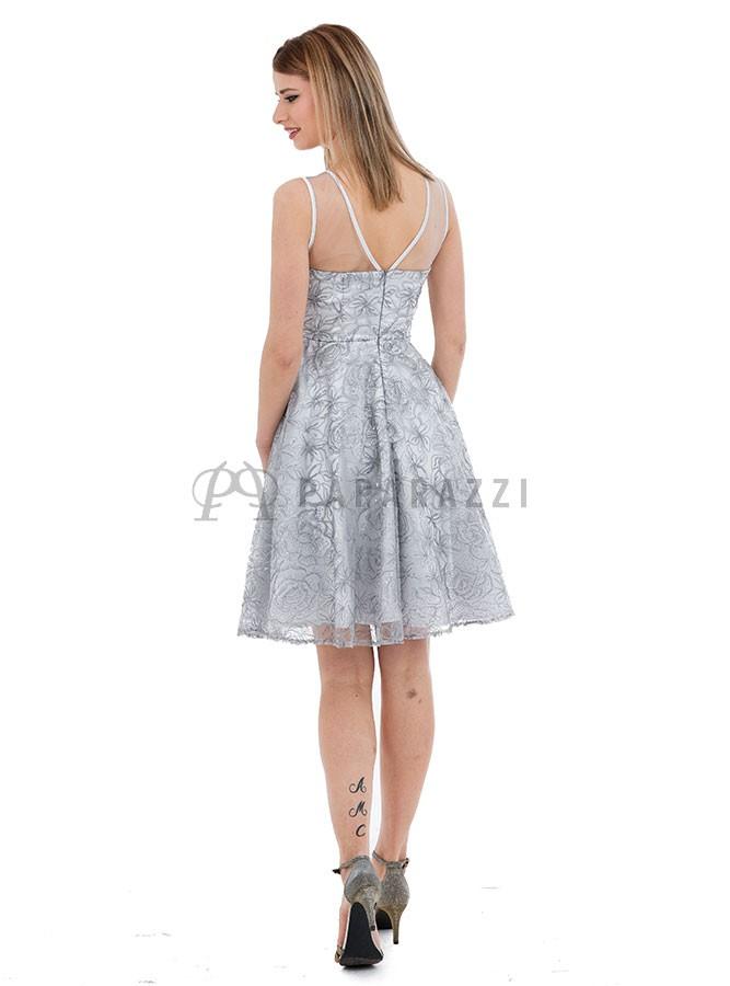 7236b4e4b ... Vestido de vuelo efecto palabra de honor con transparencia y diseño de  lentejuelas en el mismo