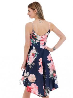 Vestido estampado floral de vuelo con cola, escote en V y tirante fino