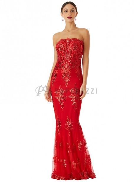 a49298b28c Vestido largo de estilo palabra de honor y corte sirena con bordados de  lentejuelas y tirantes