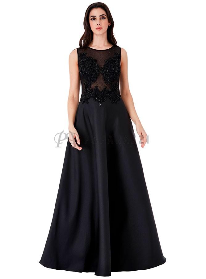 Vestido De Gala Con Transparencia Y Bordado Con Piedras