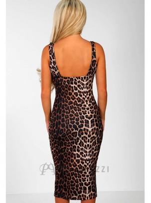 Vestido midi de tirante ancho en estampado leopardo con escote en corazón y raja en pierna