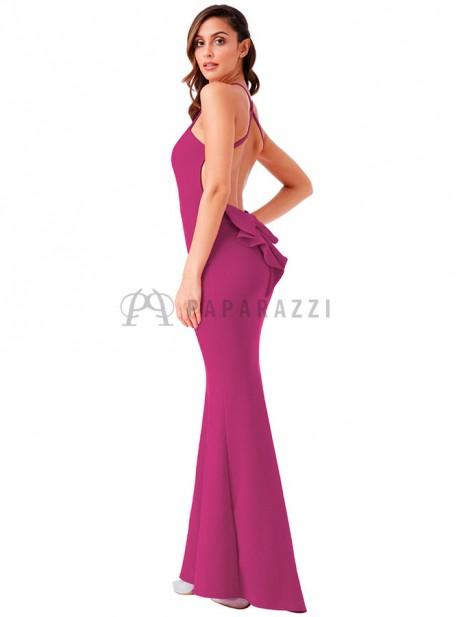Vestido corte sirena con cola de espalda descubierta y detalle en forma de lazo