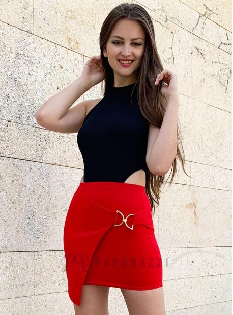 3129c5c0a Mini falda de corte asimétrico con detalle metálico dorado ...