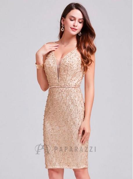 a9eee5639e Vestido midi de espalda descubierta con diseño de brillo y perlas ...