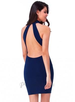Vestido de cuello halter con tirantes anchos en espalda descubierta