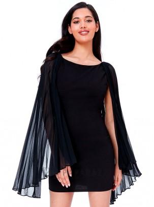 Vestido de espalda descubierta con detalle de mangas de gasa plisada